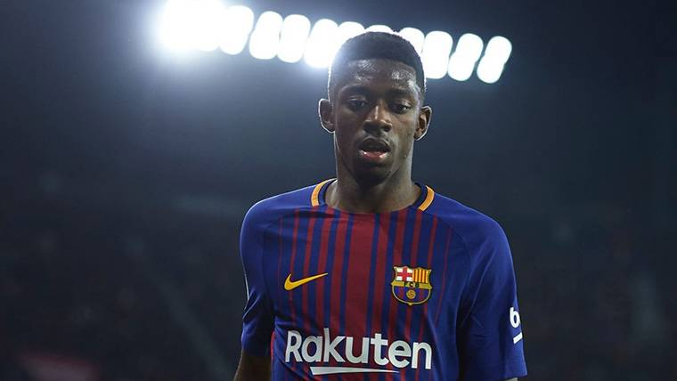 Ousmane Dembélé, durante un encuentro con el Barça