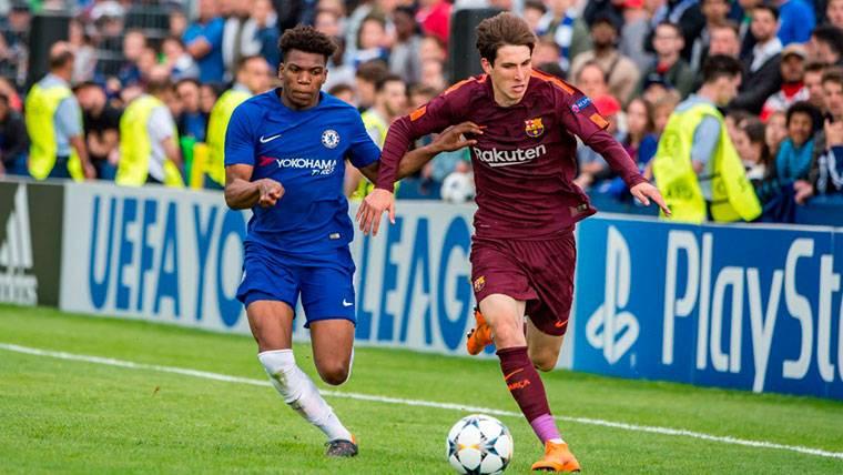 Un ex canterano del Barça revela las opciones de Miranda, Riqui y Aleñá