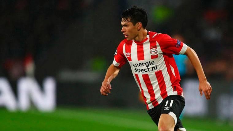Hirving Lozano, estrella del PSV, confirma el interés del Barça en ficharle