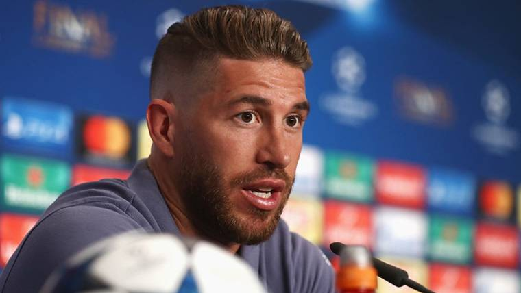 Sergio Ramos deja en ridículo a Griezmann por compararse con Messi y Cristiano