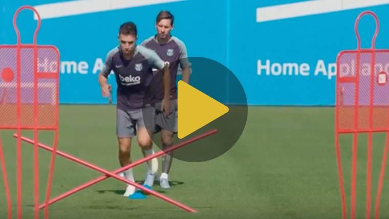 Dembélé, Messi y su nuevo 'look' en el entreno del Barcelona