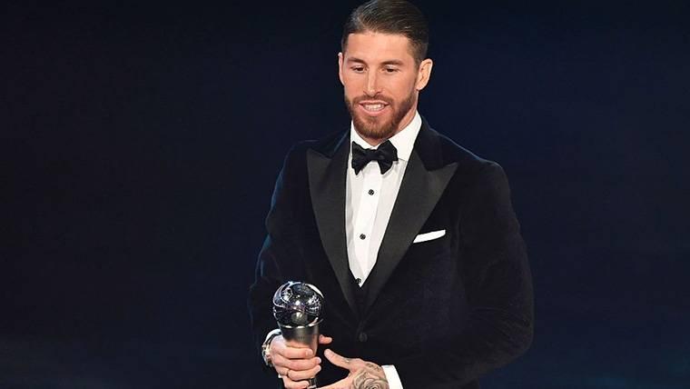 Sergio Ramos iguala a Andrés Iniesta en el Once de la FIFA