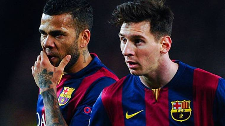 Así ha reaccionado Alves después de que Messi le quite un récord