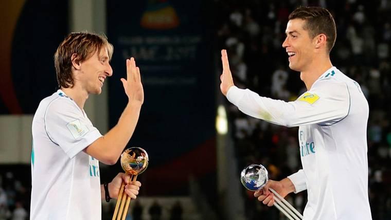 Nueva polémica con el entorno de Cristiano: Insinúan que Modric ha robado el The Best