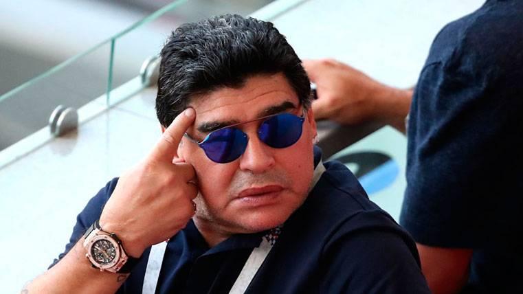Maradona defiende a Messi con una 'rajada' contra Mascherano