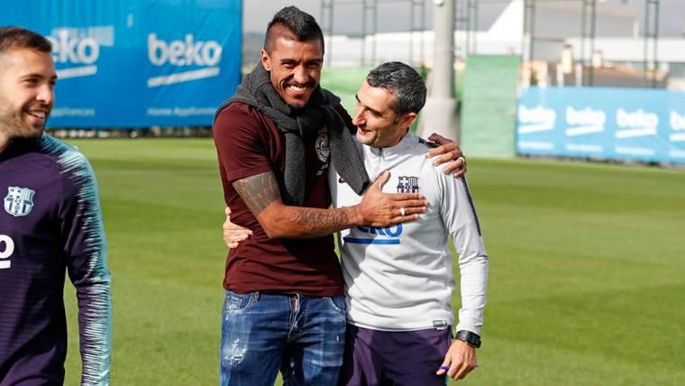 Paulinho, junto a Ernesto Valverde en un entrenamiento del Barça | FCB