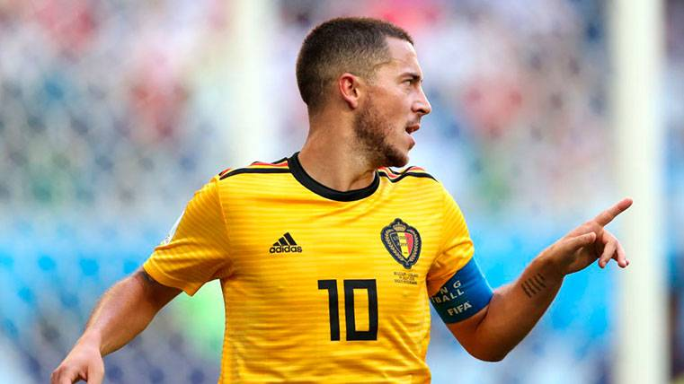 """Hazard pide menú en la mesa de Griezmann: """"Soy el mejor del mundo"""""""