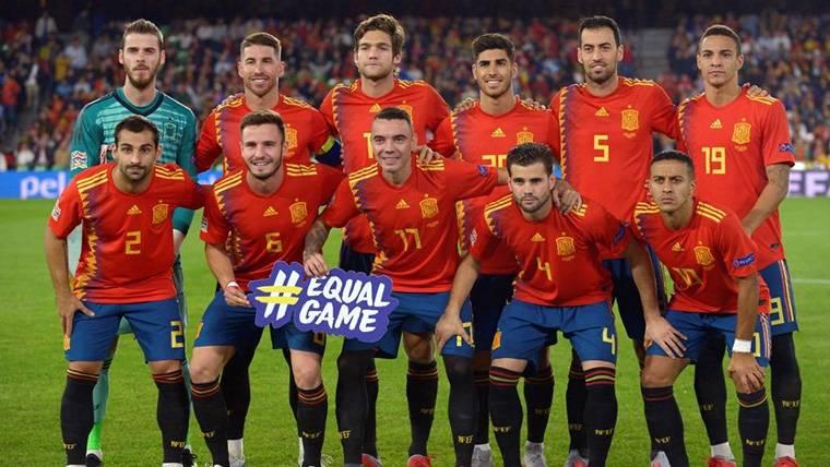 Más desgaste para Busquets: 90 minutos en el España-Inglaterra