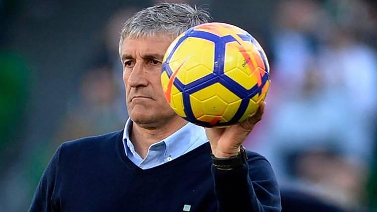 Setién se desmarca sobre la posibilidad de entrenar al Barça
