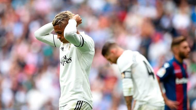 El Levante conquista el Bernabéu y deja al Real Madrid muy 'tocado' antes del Clásico (1-2)