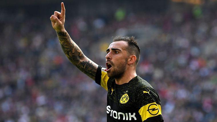 OFICIAL: El Dortmund ya ha comunicado al Barça la intención de fichar a Alcácer