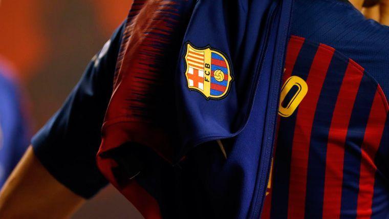 Sergio Busquets en un calentamiento del FC Barcelona   FCB