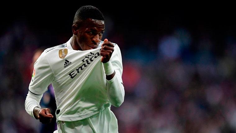 El Valladolid fue más Real, pero al Madrid lo salvó la fortuna (2-0)