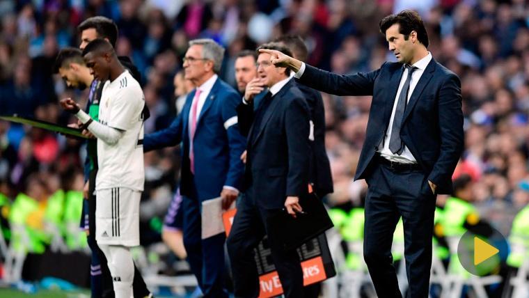 El Santiago Bernabéu advirtió a sus jugadores: Pancarta y pitos contra el Valladolid