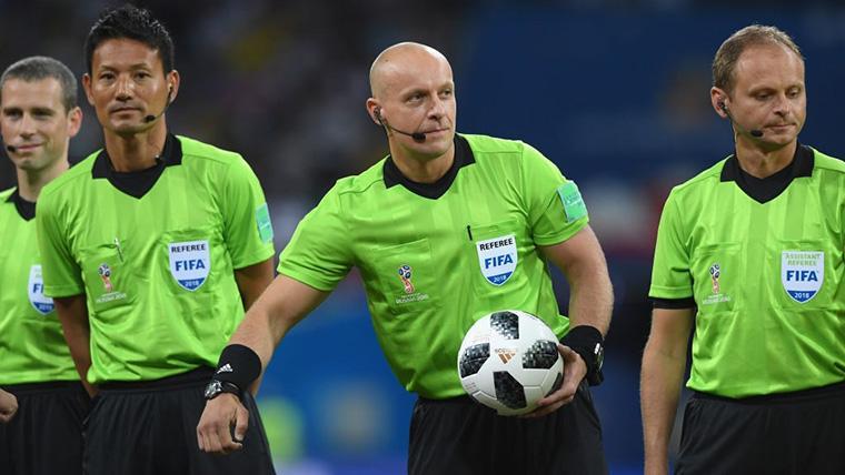 El árbitro del Inter-Barça, de muy mal recuerdo para los culés
