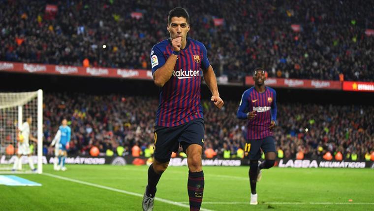 Luis Suárez, celebrando un gol marcado en el Camp Nou