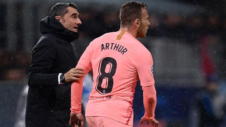 Arthur, el único nuevo fichaje que aún no ha marcado... ¿O sí?