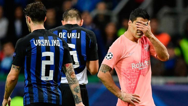 Luis Suárez se lamenta en un partido del FC Barcelona