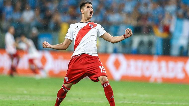 Exequiel Palacios, celebrando un gol marcado con River Plate