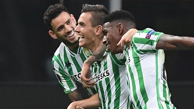Junior adelantó al Betis tras un mal balance defensivo del Barça