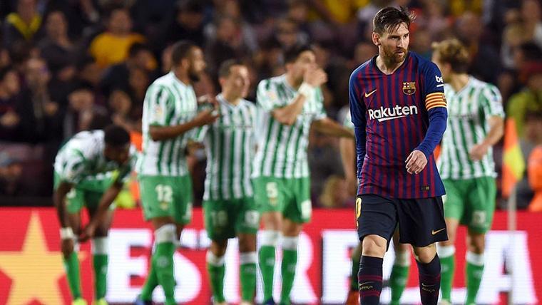 Canales ahondó en la herida, pero Messi y el VAR redujeron distancias en el Barça-Betis