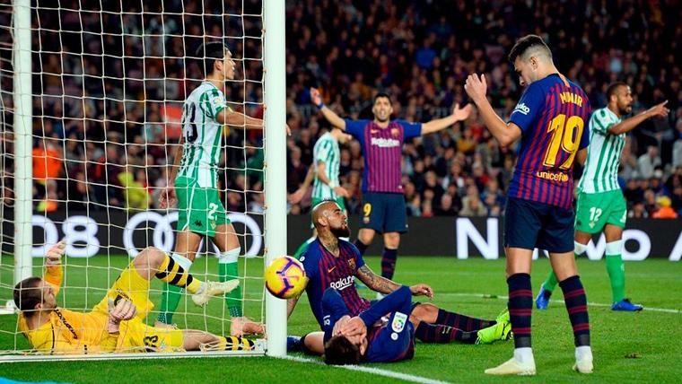 Las claves para resolver la 'sangría' de goles del Barcelona