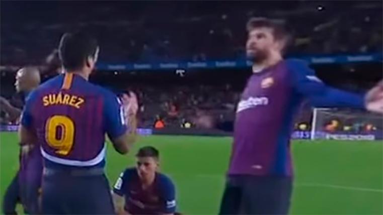 Piqué también se las tuvo con Luis Suárez tras el Barça-Betis