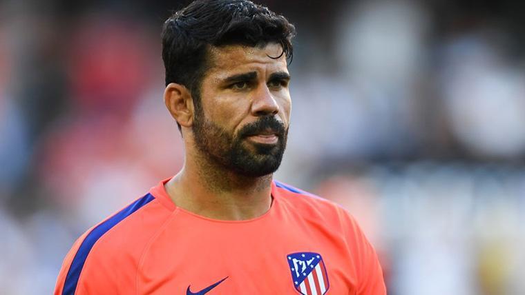 Diego Costa, durante un calentamiento con el Atlético de Madrid