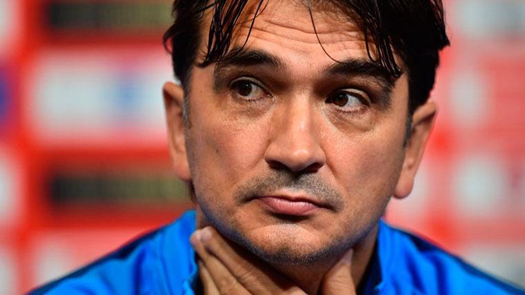 La 'colleja' del seleccionador de Croacia a Lovren por burlarse de Sergio Ramos