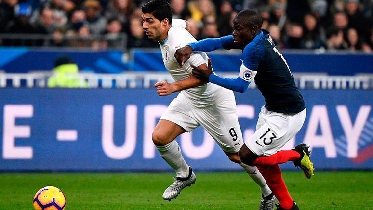 Luis Suárez y Dembélé, sin protagonismo en el Francia-Uruguay (1-0)