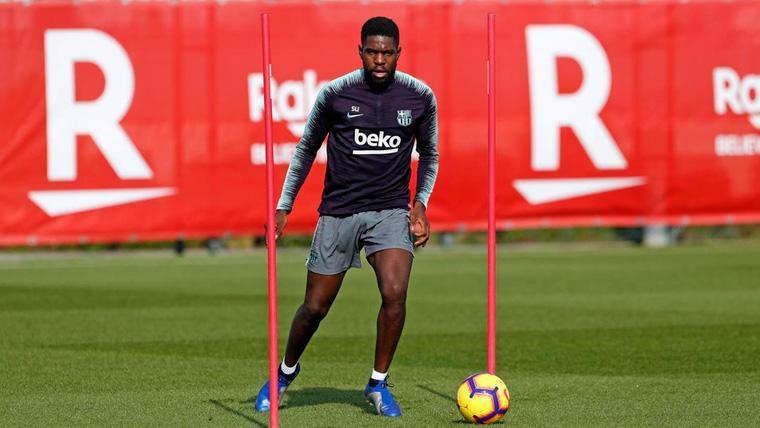 Samuel Umtiti en un entrenamiento del FC Barcelona   FCB