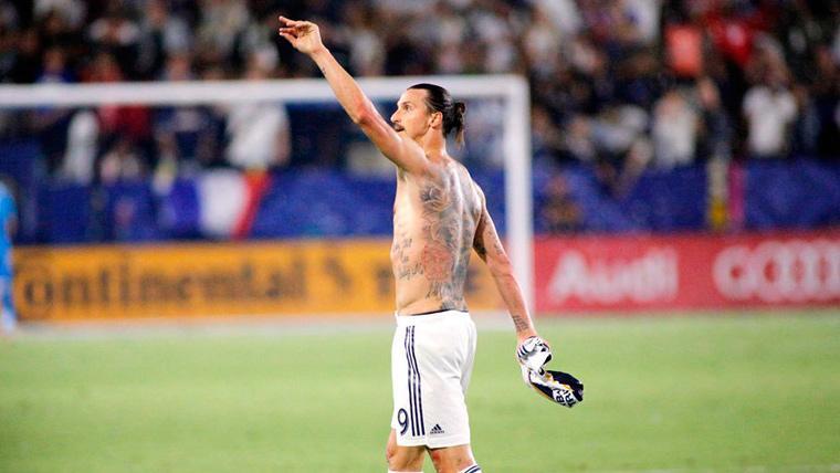 Zlatan Ibrahimovic deja por fuera a Cristiano en su once ideal