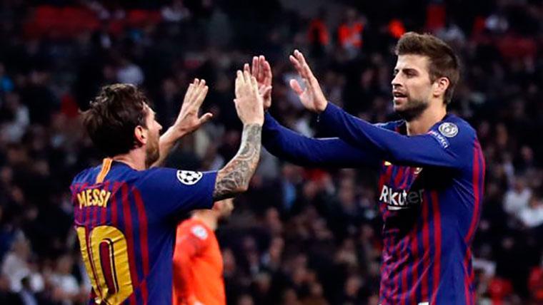 Piqué adelantó al Barça ante el Villarreal cabeceando un gran centro de Dembélé