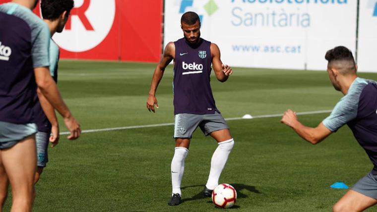 Rafinha Alcántara en un entrenamiento del FC Barcelona   FCB