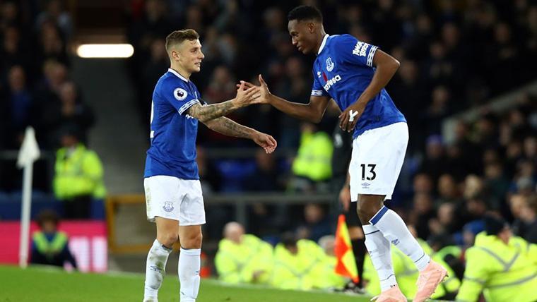 Yerry Mina y Lucas Digne, durante un partido con el Everton