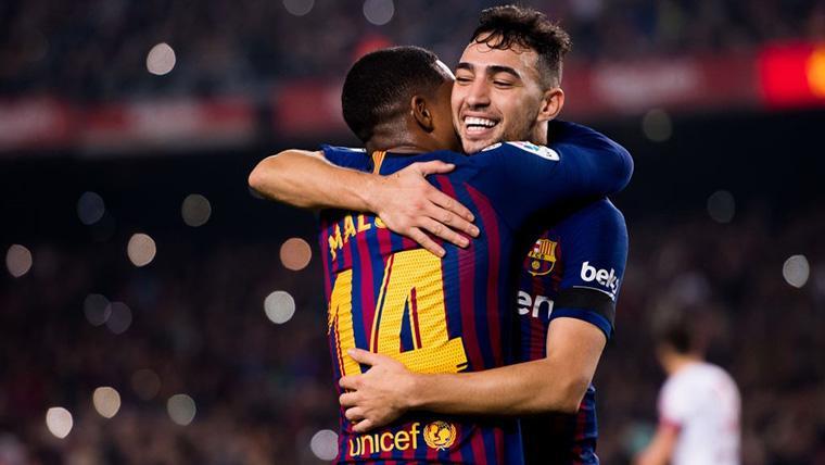 Munir El Haddadi, celebrando un gol con Malcom Filipe
