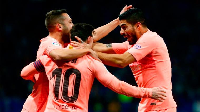 Jordi Alba, Leo Messi y Luis Suárez celebran un gol del FC Barcelona