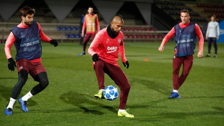 Dembélé puso en ventaja al Barcelona ante el Tottenham