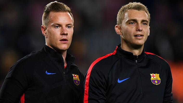 Marc-André Ter Stegen y Jasper Cillessen, durante un calentamiento con el Barça