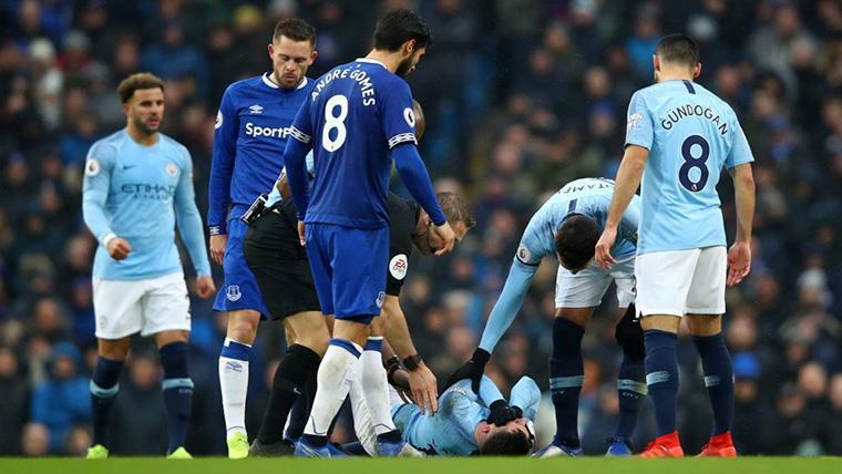 El Manchester City tumba al Everton de Yerry Mina, Digne y André Gomes (3-1)