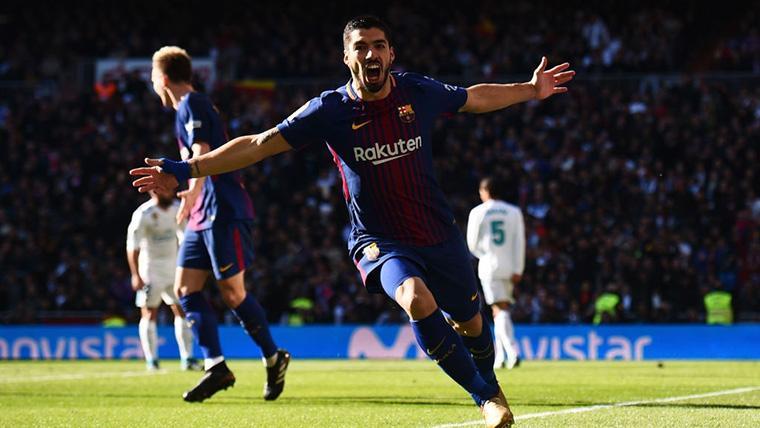 Luis Suárez, celebrando un gol marcado en el Santiago Bernabéu