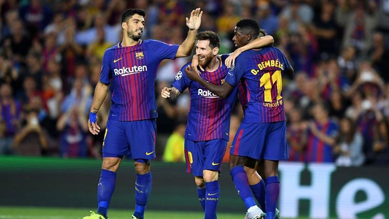 Ousmane Dembélé, Leo Messi y Luis Suárez, celebrando un gol con el Barça