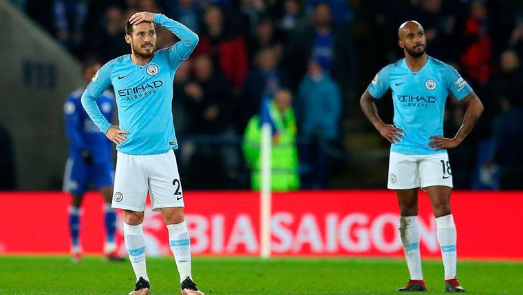 El Manchester City cae ante el Leicester (2-1) y el Liverpool se le escapa a siete puntos