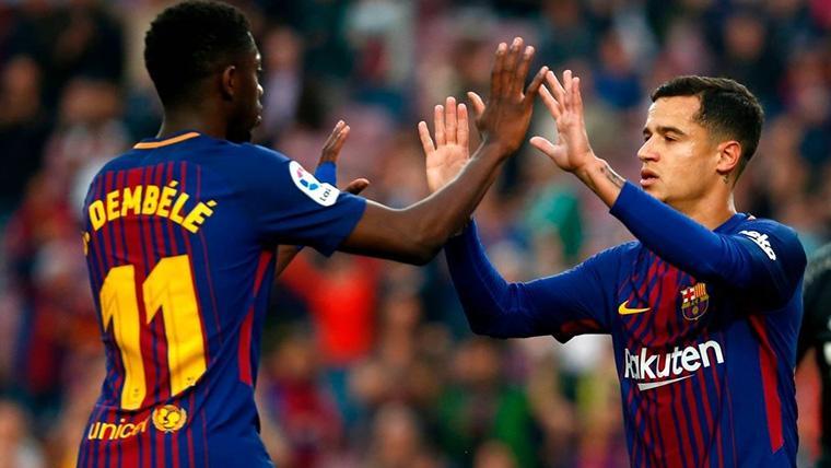 Ousmane Dembélé y Philippe Coutinho, celebrando un gol con el Barça