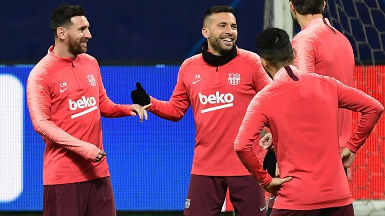¿Debe preocuparse el Barça por la renovación de Jordi Alba?
