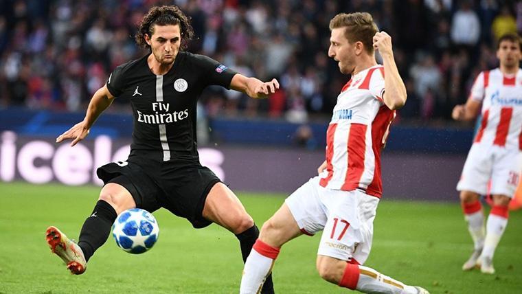 Adrien Rabiot, durante un partido de Champions League con el PSG