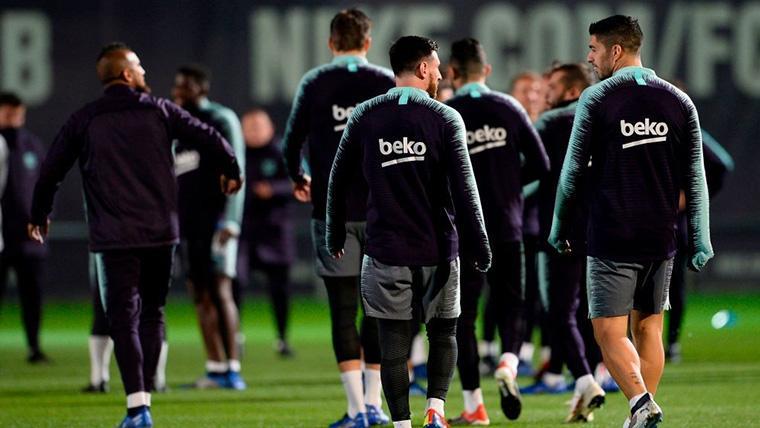 El FC Barcelona, entrenando en una imagen de archivo
