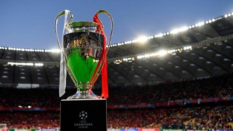 El trofeo de la Champions League en una de las pasadas ediciones