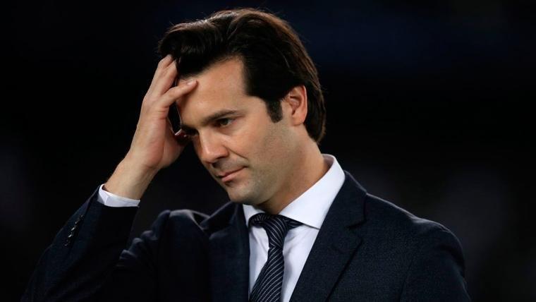 Santiago Solari se lamenta durante un partido del Real Madrid