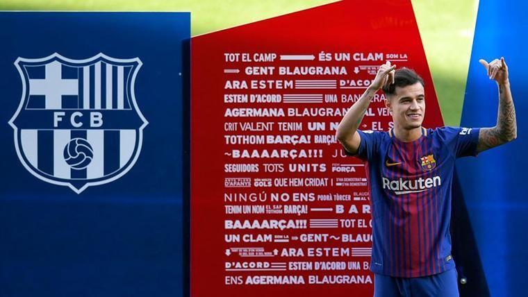 Philippe Coutinho, durante su presentación oficial con el FC Barcelona